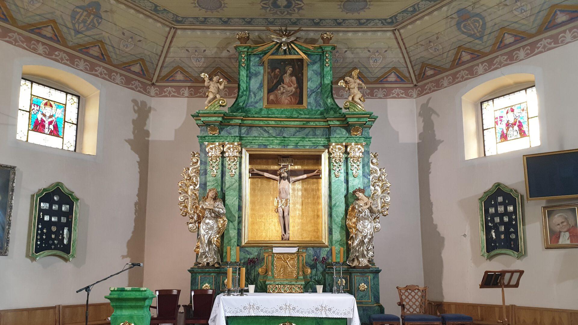 Parafia pw. Podwyższenia KrzyżaŚwiętego wCerekwicy